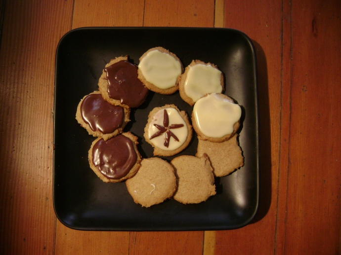 Mesquite Ginger Cookies in simple form.