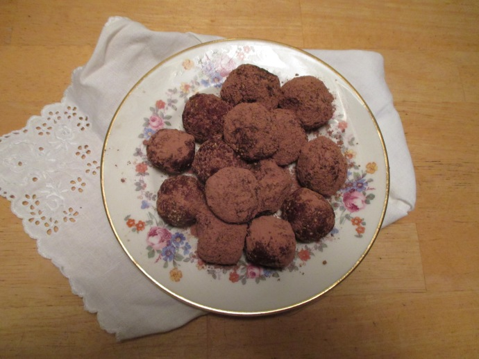 Nutty truffles sweetened with W. filifera syrup and rolled in cocoa.