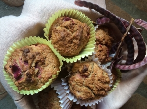 Prickly pear mesquite muffins (with purple mesquite pods)