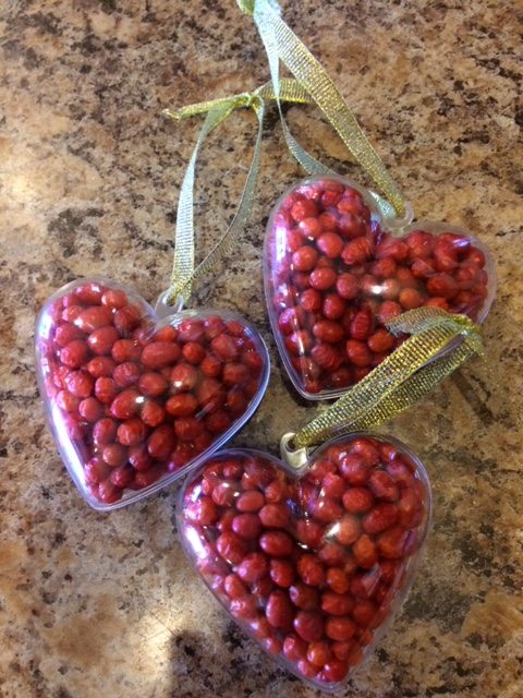 Chiltepin-filled Heart Ornaments available at NativeSeeds/SEARCH Store for holiday decor and spice into the New Year!