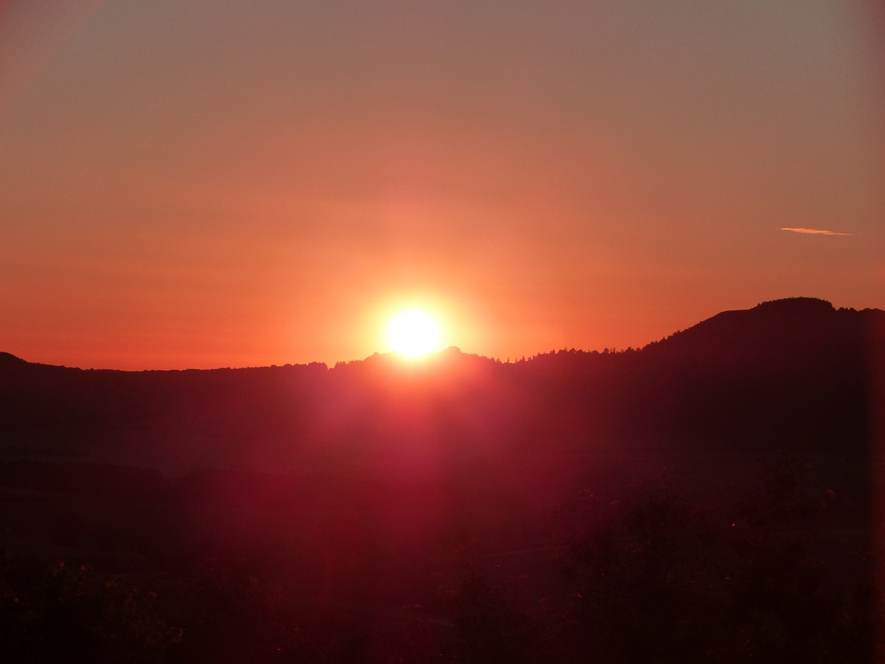 solstice summer 1474745_1280